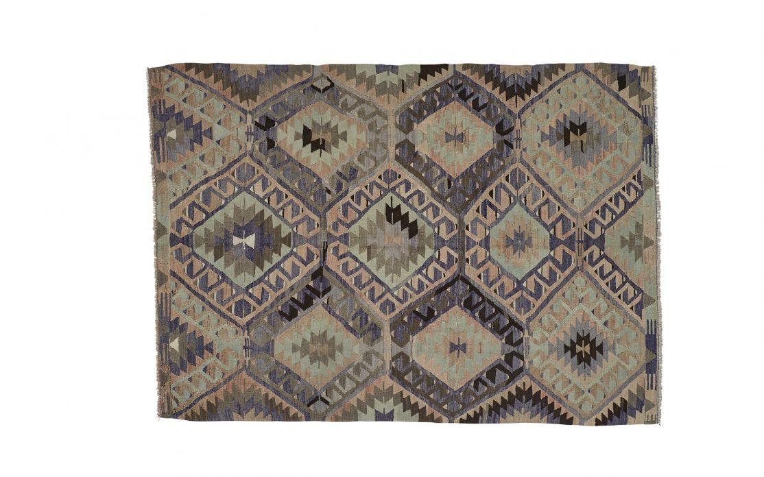 Tyrkisk kelim tæppe i grønne toner. Tæpper sælges i København