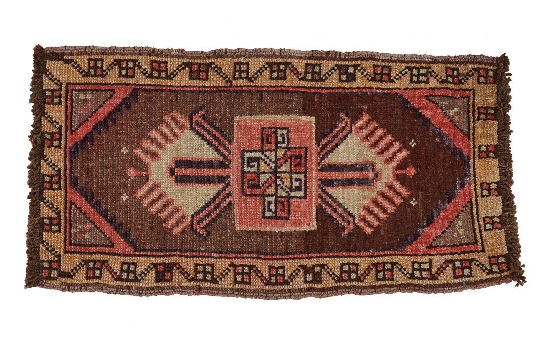 Lille tyrkisk kelim måtte i brun, kobber, og rosa
